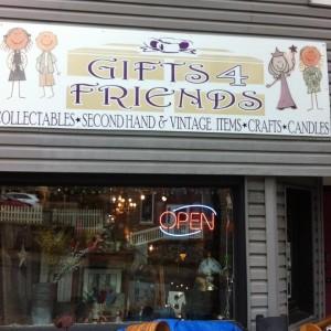 Gifts 4 Friends logo